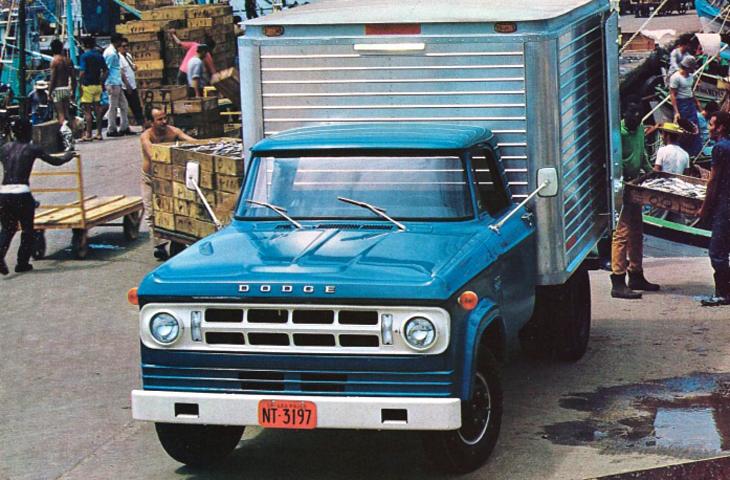 032 – Caminhões Dodge